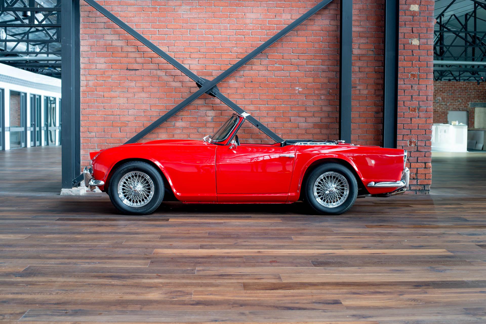 1962 Triumph Tr4 Richmonds Classic And Prestige Cars Storage