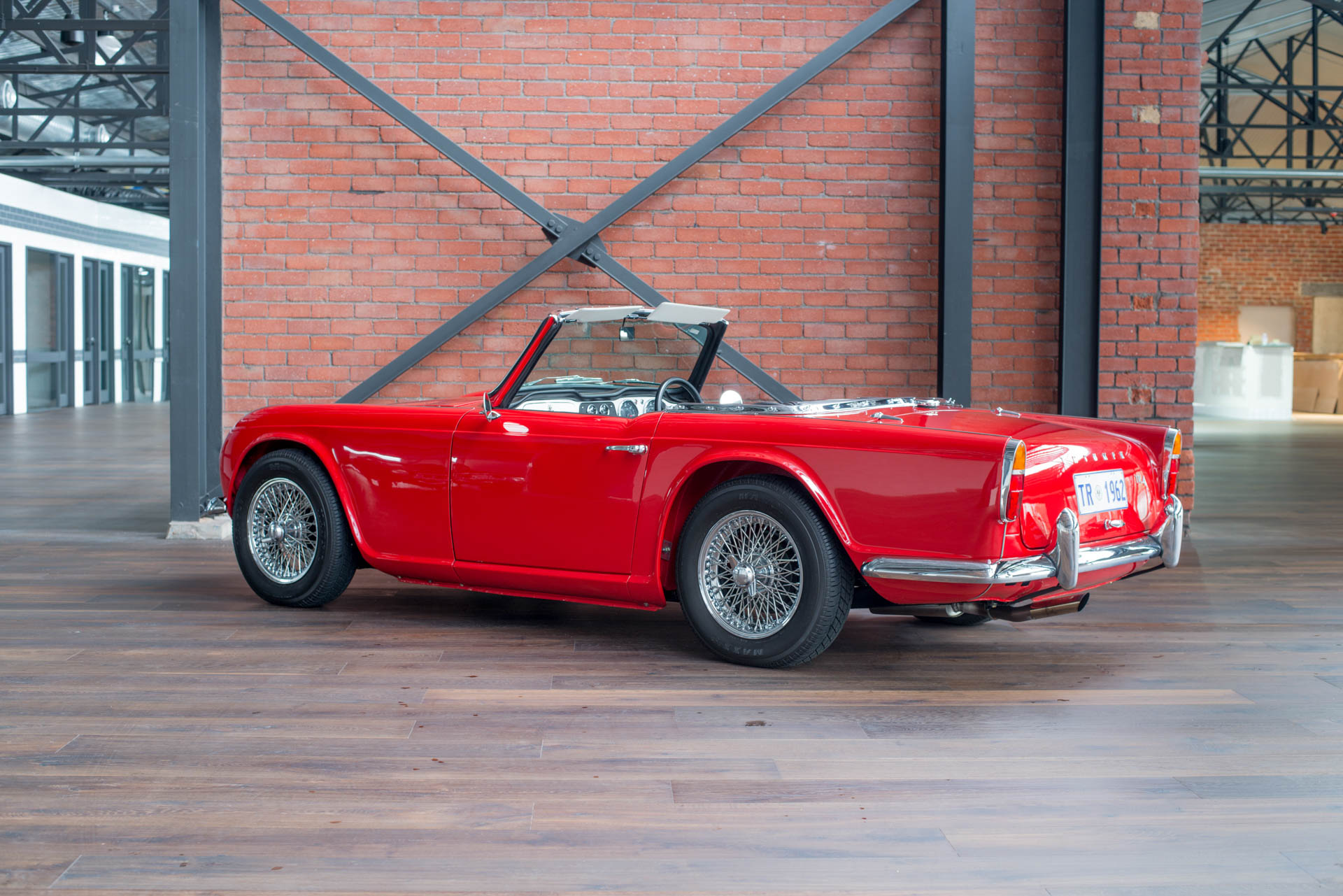 1962 triumph tr4 richmonds classic and prestige cars. Black Bedroom Furniture Sets. Home Design Ideas