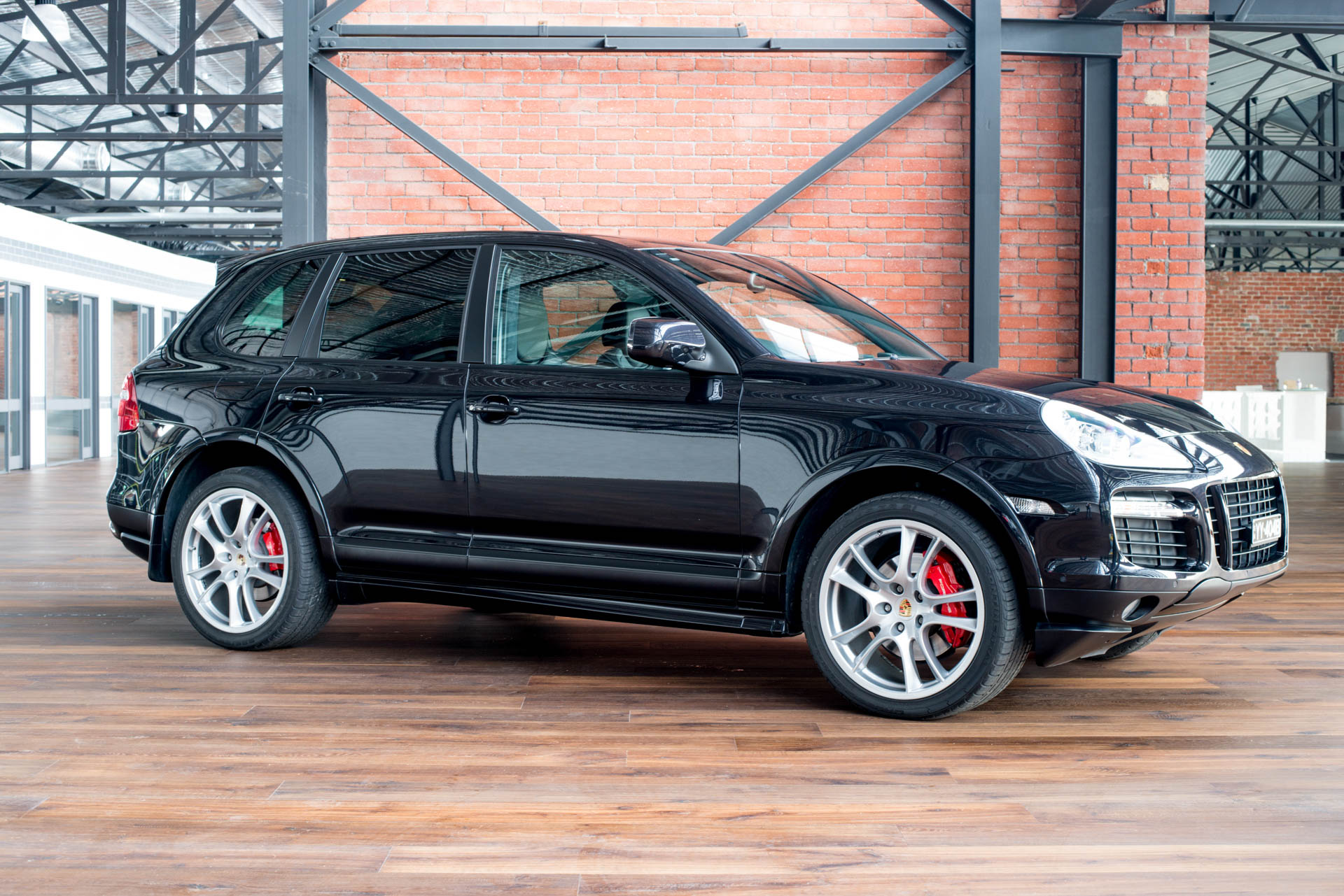 2009 porsche cayenne gts richmonds classic prestige sports cars. Black Bedroom Furniture Sets. Home Design Ideas