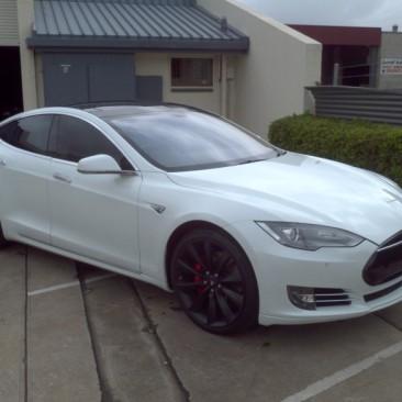 2014 Tesla P85S