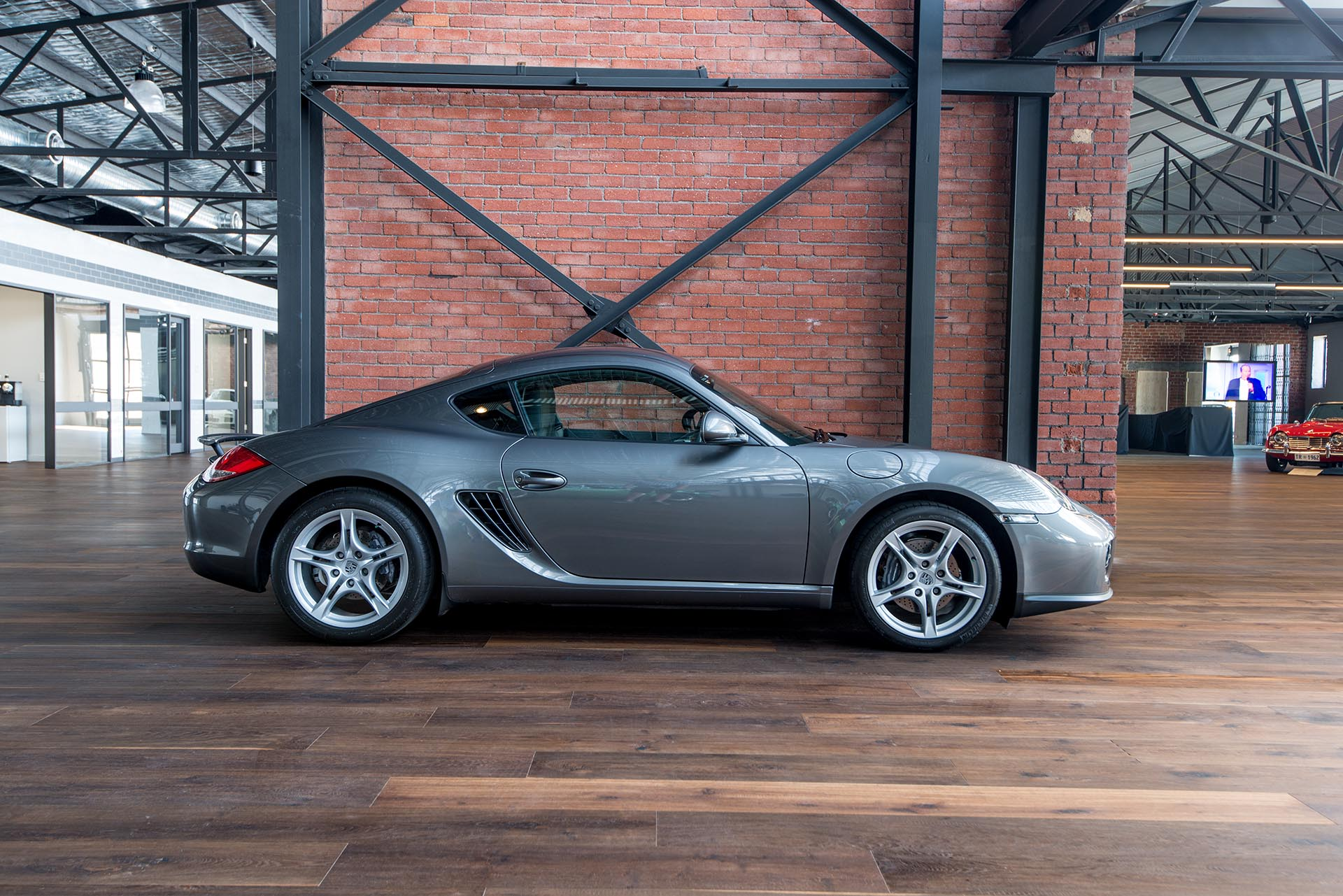 2010 porsche cayman my11 richmonds classic and. Black Bedroom Furniture Sets. Home Design Ideas