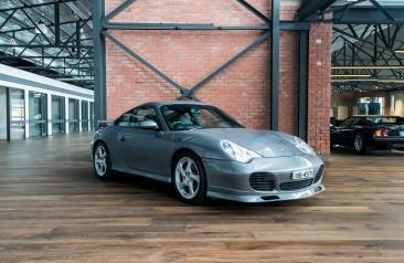 MY03 Porsche 911 C4S