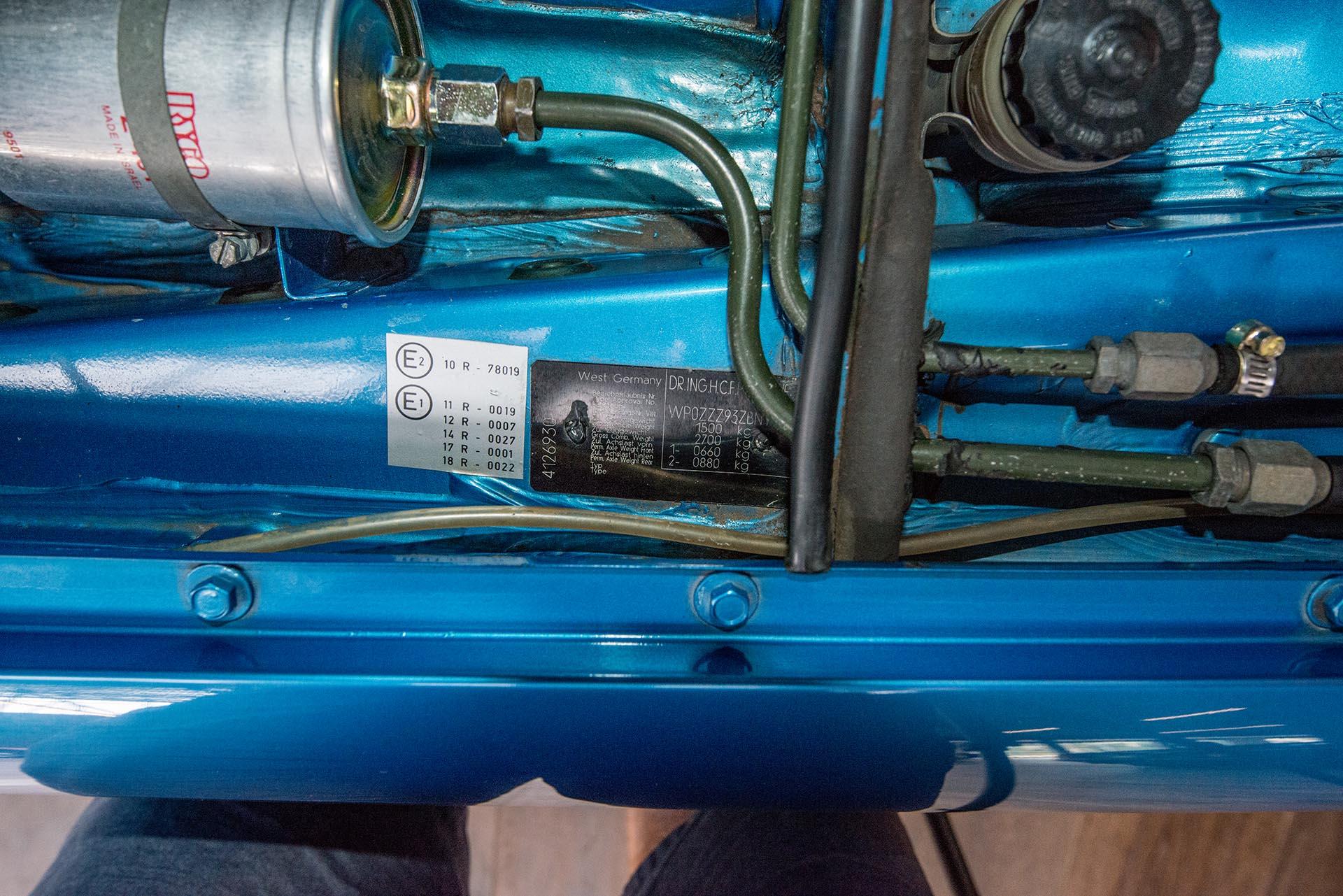 Porsche 924 Turbo Blue (20) - Richmonds - Classic and