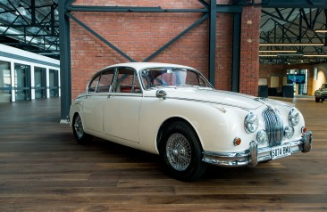 1962 Jaguar Mk2 3.4 Manual Sedan