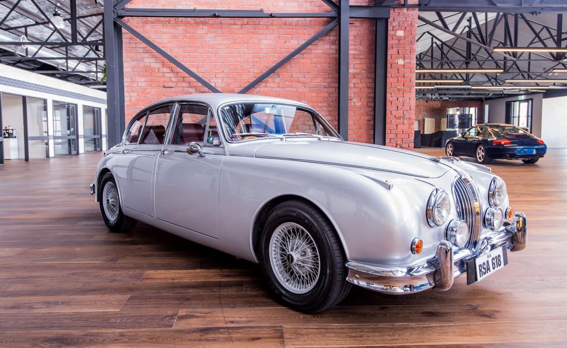 1959 Jaguar Mkll 3.8
