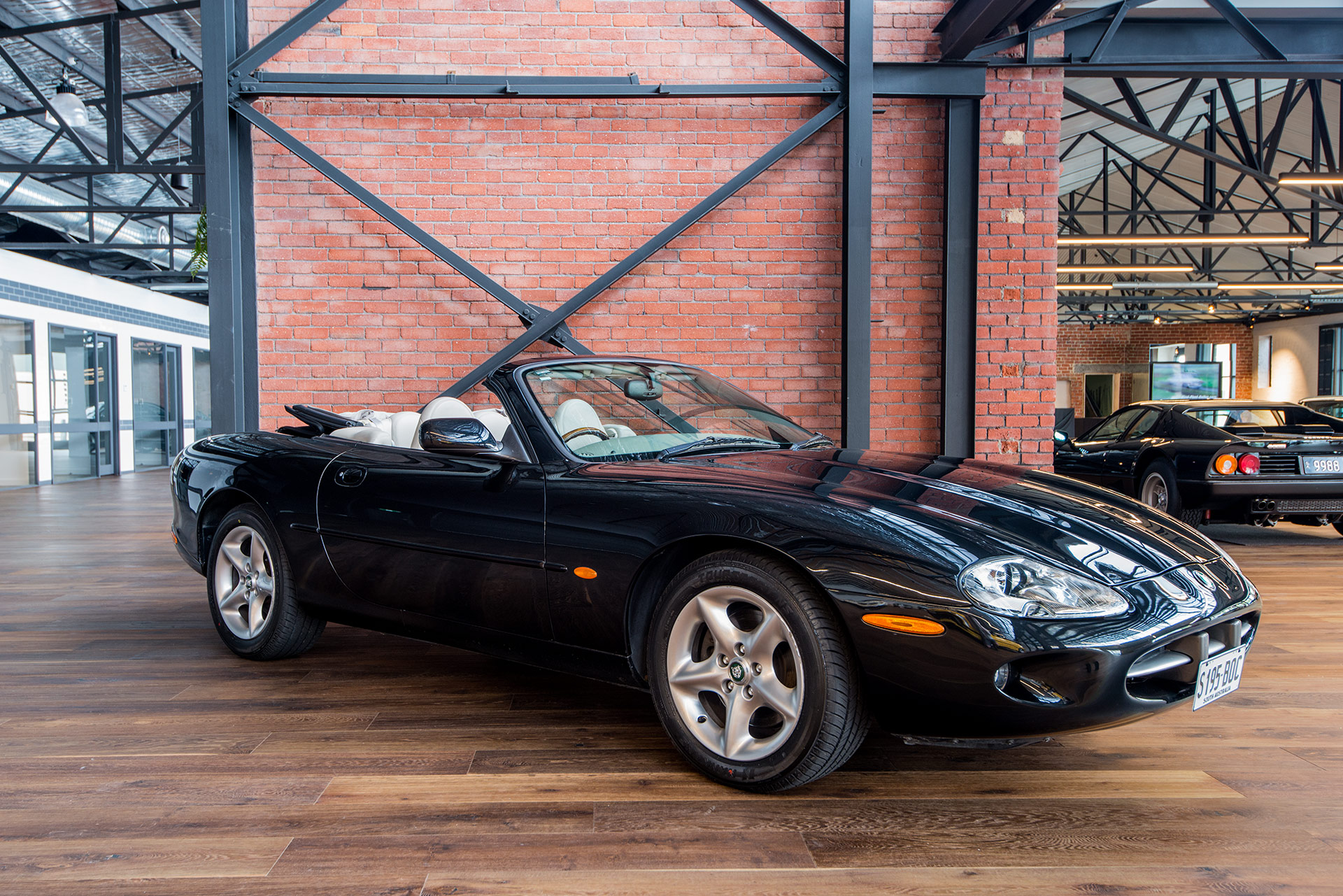 2000 jaguar xk8 convertible richmonds classic sports cars adelaide sa. Black Bedroom Furniture Sets. Home Design Ideas