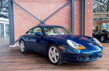 1998 Porsche 911 Carrera Coupe Tiptronic