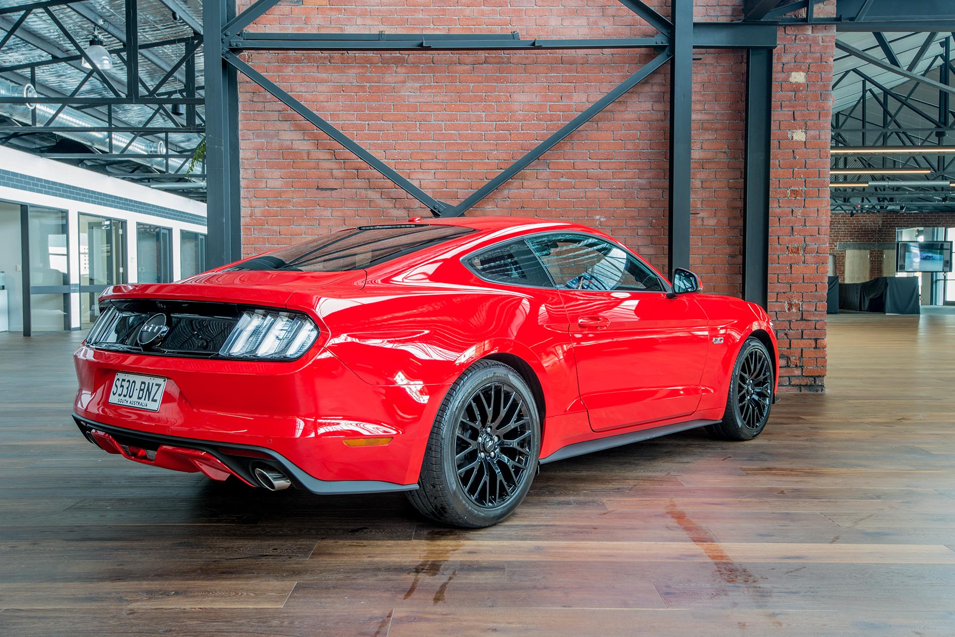 my17 ford mustang 5 0 v8 richmonds classic and. Black Bedroom Furniture Sets. Home Design Ideas