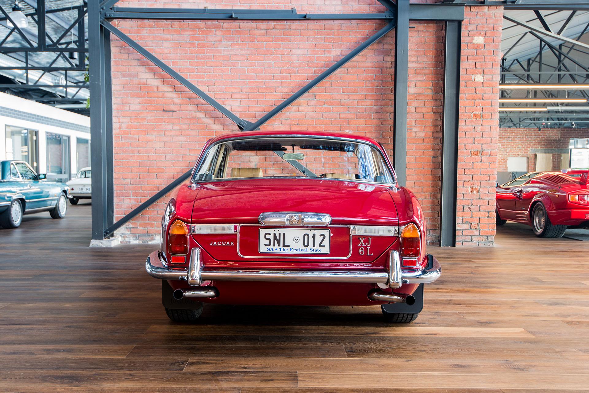 1974 Jaguar XJ6 L - Richmonds - Classic and Prestige Cars ...