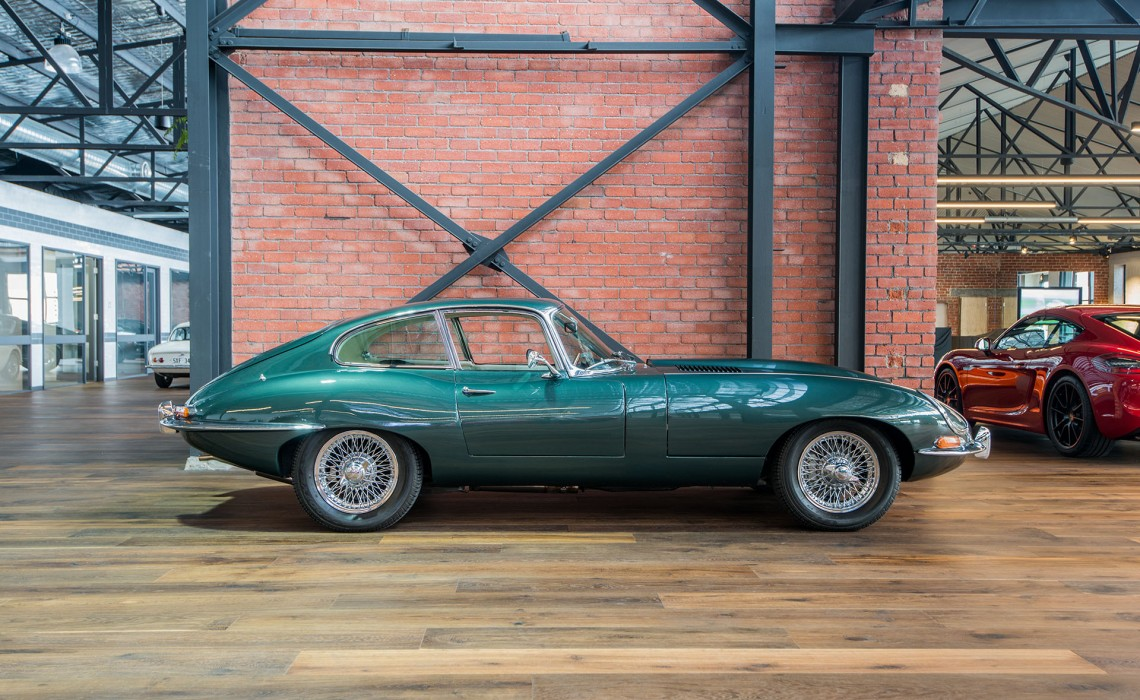 1963 3.8 Jaguar E Type FHC