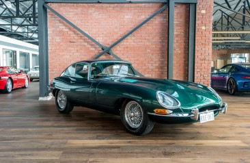1967 4.2 Jaguar E Type FHC