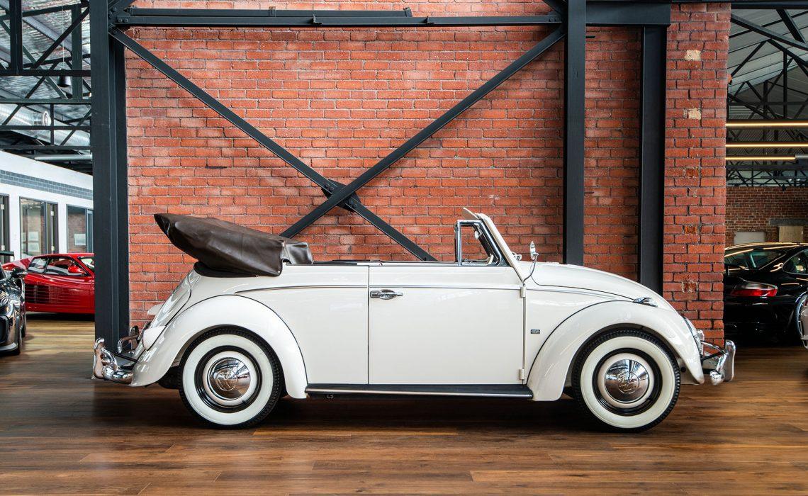 1960 Volkswagen 1200 Karmann Cabriolet