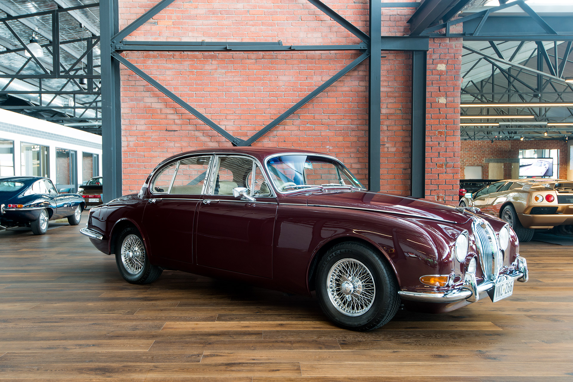 Classic And Prestige Cars