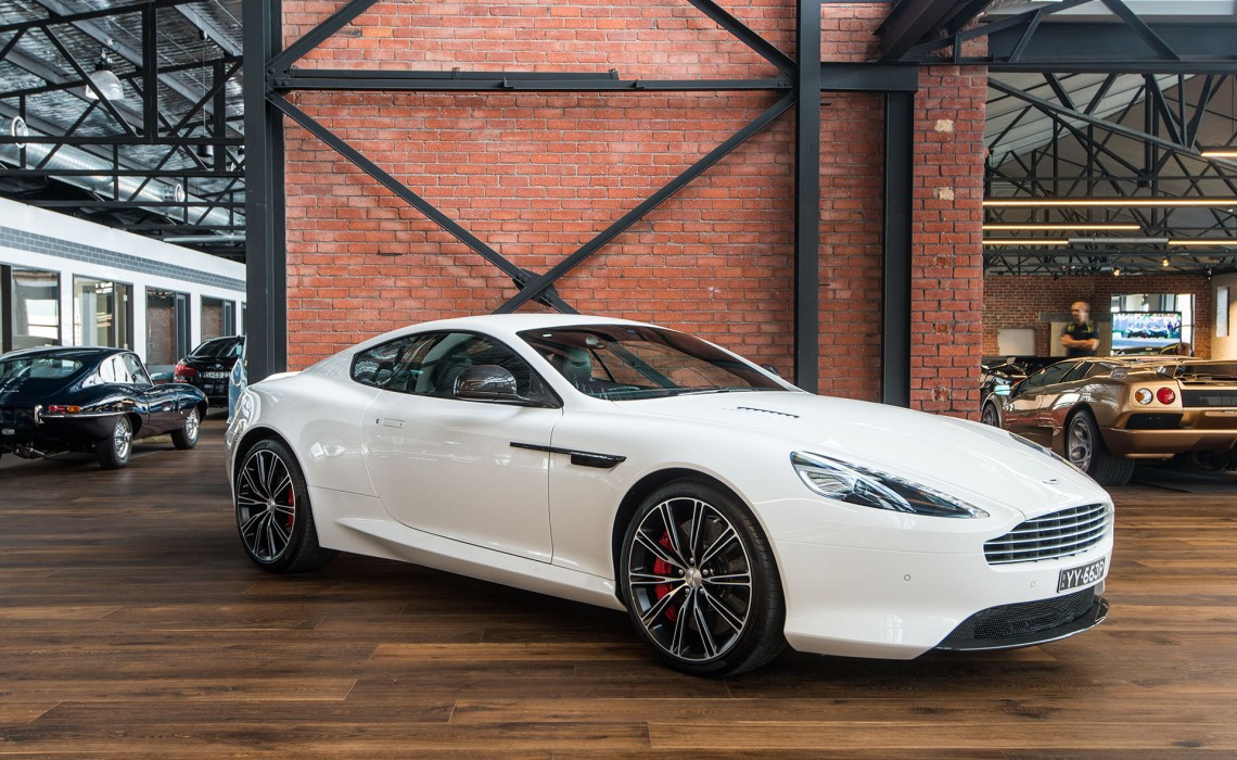 2014 Aston Martin DB9 Coupe