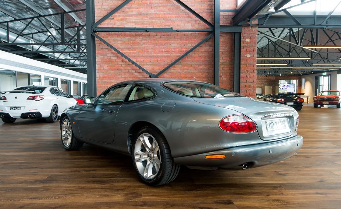 2003 Jaguar XK8 Coupe