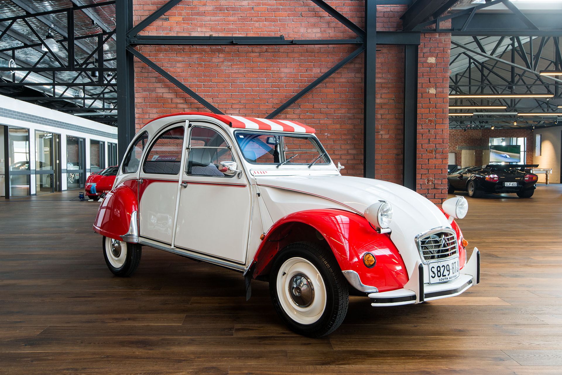 Citroen 2CV Dolly - Richmonds - Classic and Prestige Cars - Storage ...