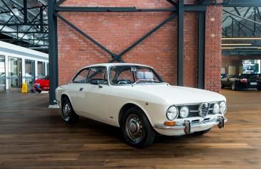 1971 Alfa Romeo 1750 105 GT Veloce Coupe