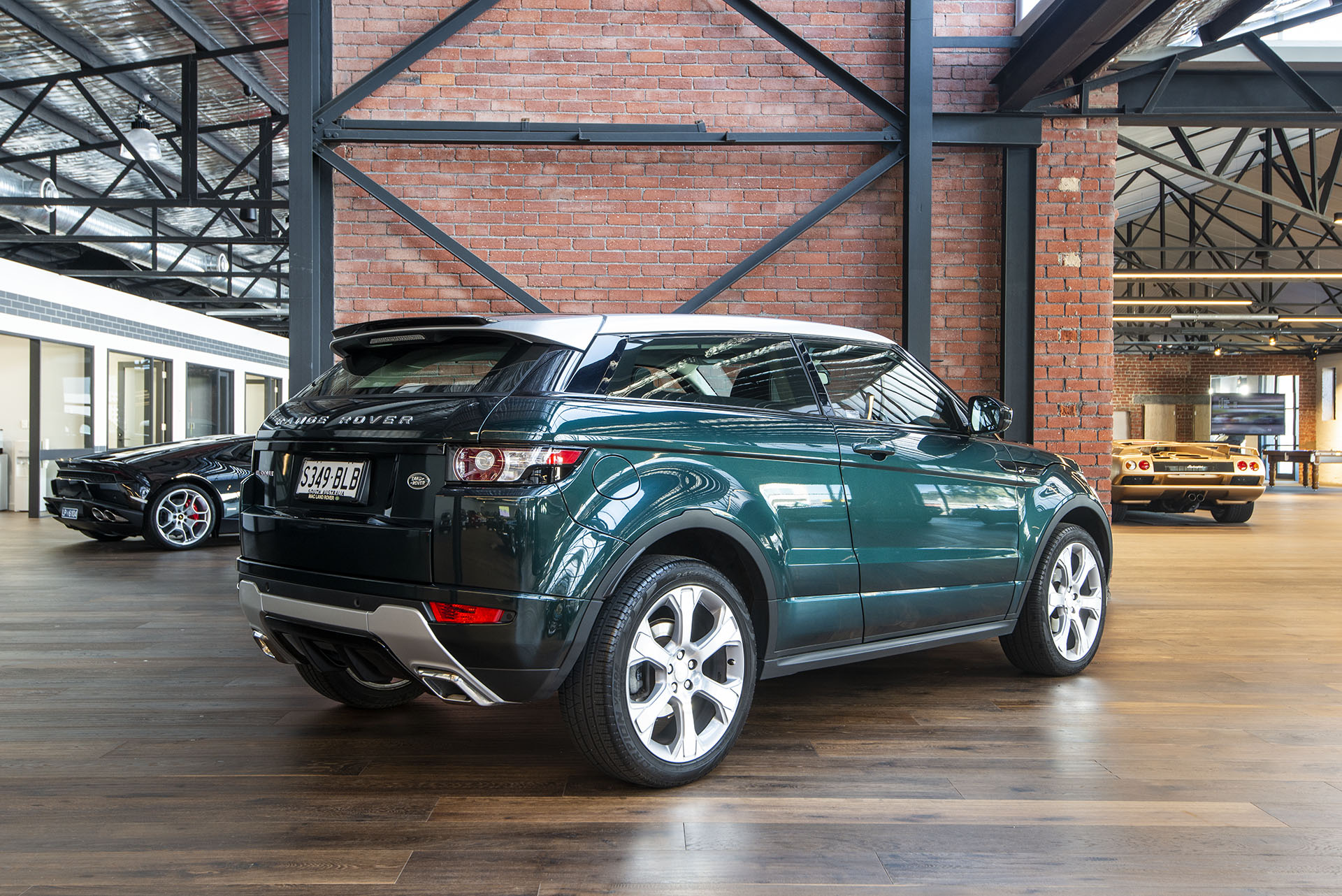 2014 land rover range rover evoque coupe richmonds classic and prestige cars storage and. Black Bedroom Furniture Sets. Home Design Ideas