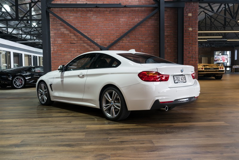 bmw back angle - richmonds - classic and prestige cars - storage and sales