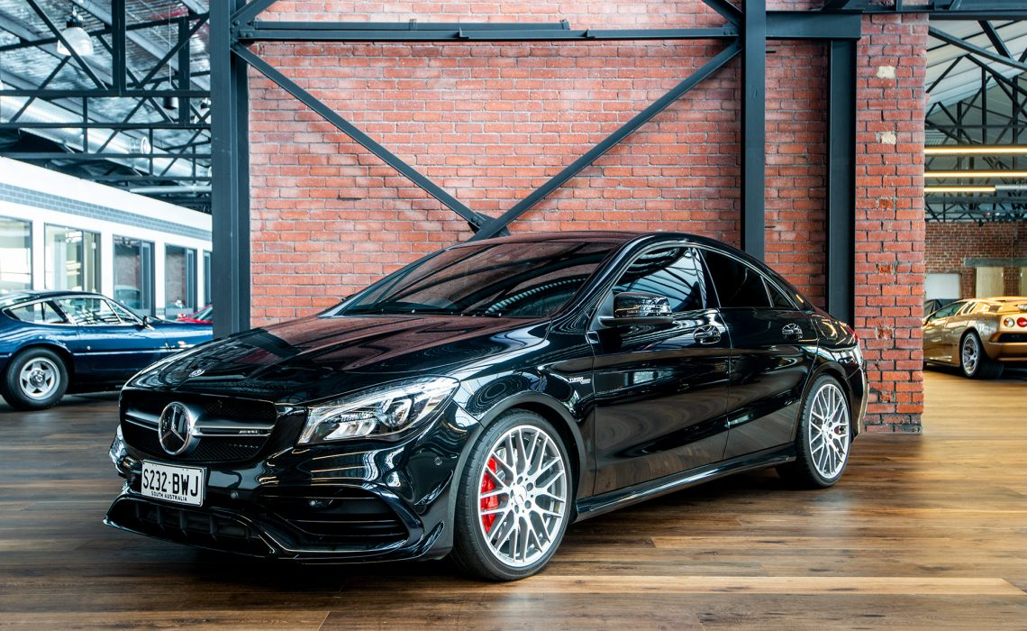 2016 Mercedes-Benz CLA45 AMG 4 Door Coupe