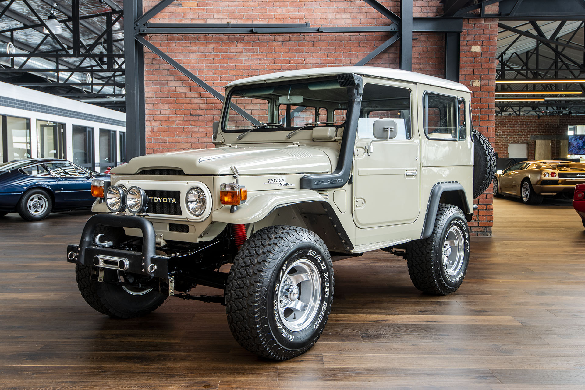 What Transmission Is In My Car >> 1977 Toyota Land Cruiser FJ40 Hardtop - Richmonds - Classic and Prestige Cars - Storage and ...