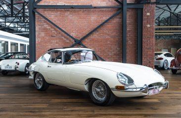 1967 Jaguar e-type white