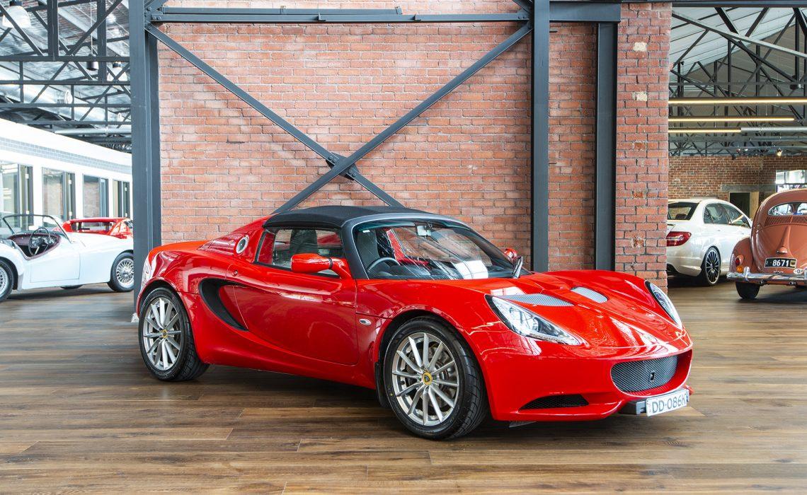 Lotus Elise Red 2010