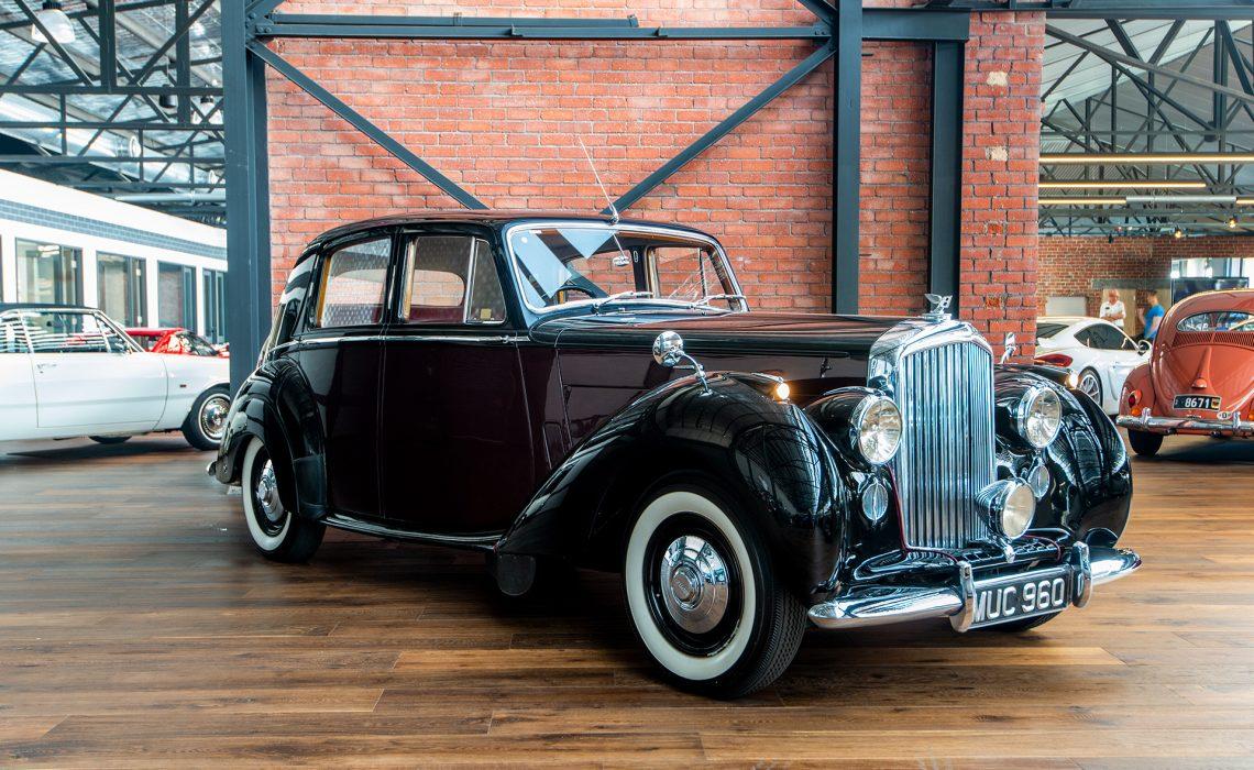 1952 Bentley Mk VI Black