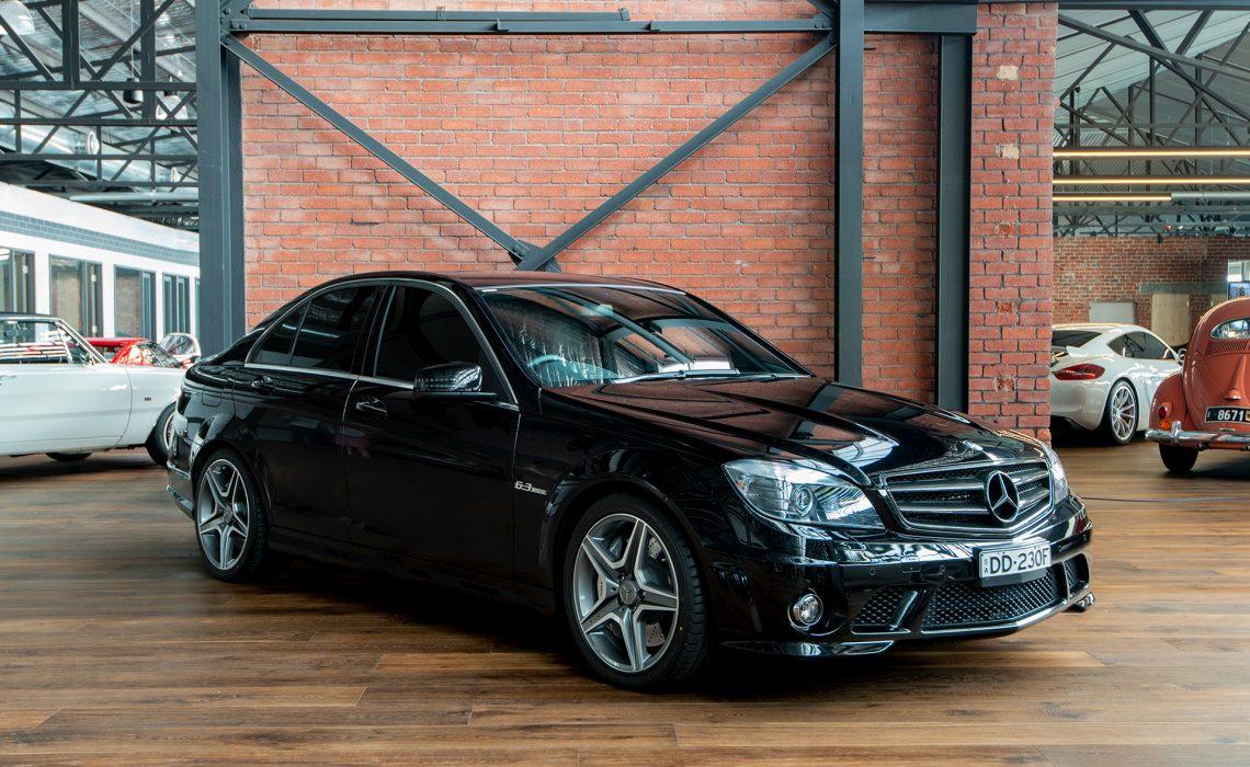 2009 Mercedes C63 AMG Black