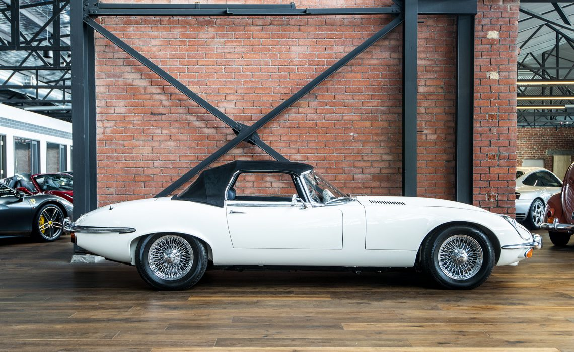 1974 Jaguar E-Type Roadster White