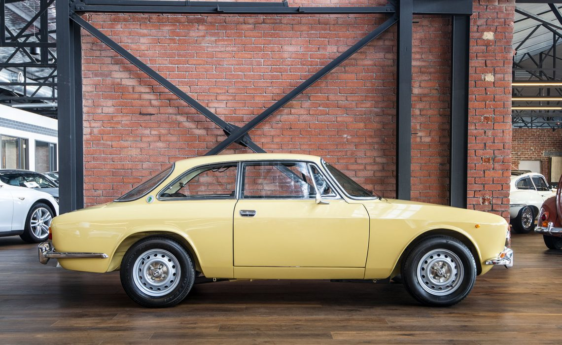 1973 Alfa Romeo 2000 105 GTV