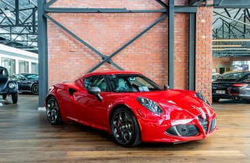 2014 Alfa Romeo 4C Launch Edition