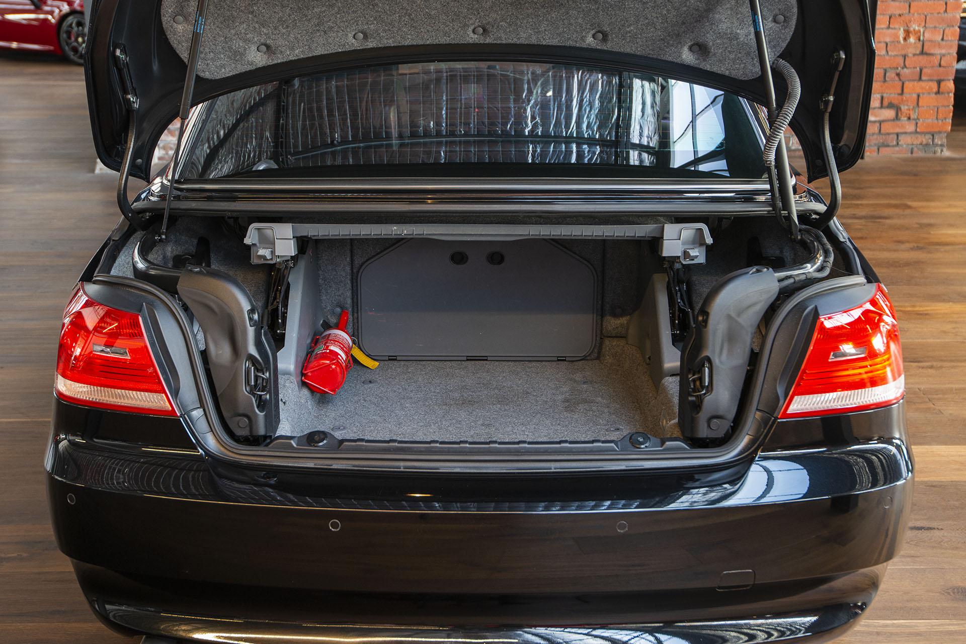 2008 BMW E93 325i Convertible - Richmonds - Classic and Prestige