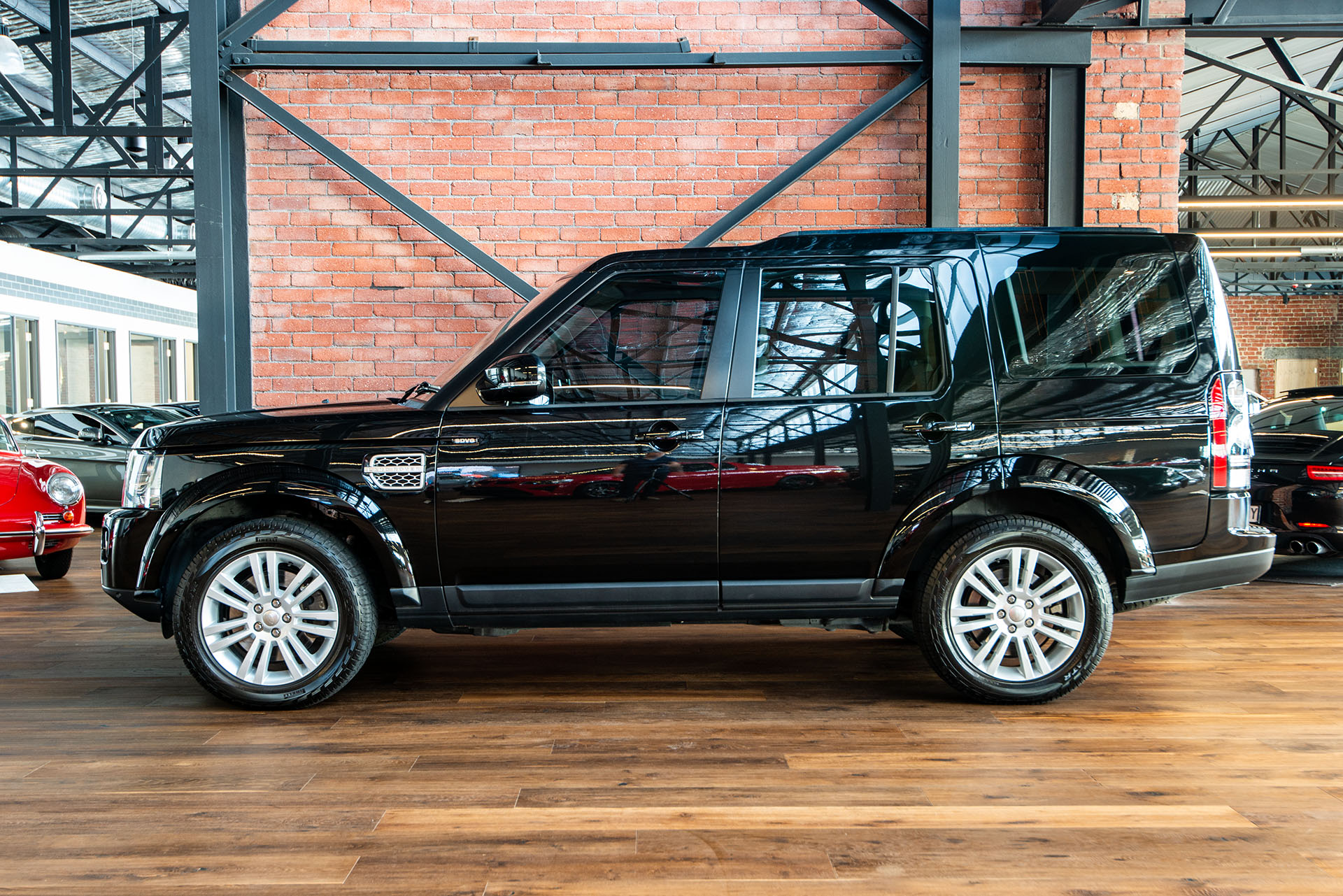 2014 Land Rover Discovery 4 Hse Sdv6 Richmonds Classic