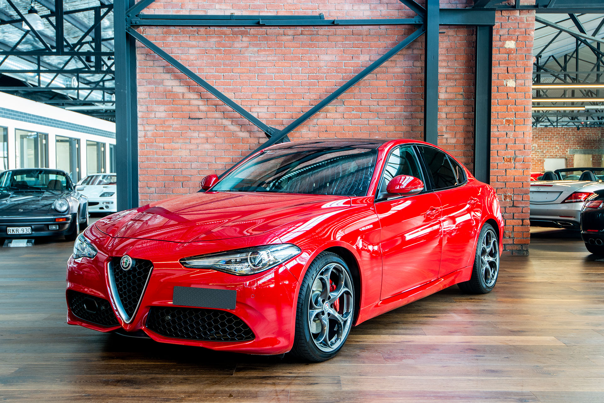 Alfa Romeo Giulia >> 2016 Alfa Romeo Giulia Veloce (MY17) - Richmonds - Classic and Prestige Cars - Storage and Sales ...