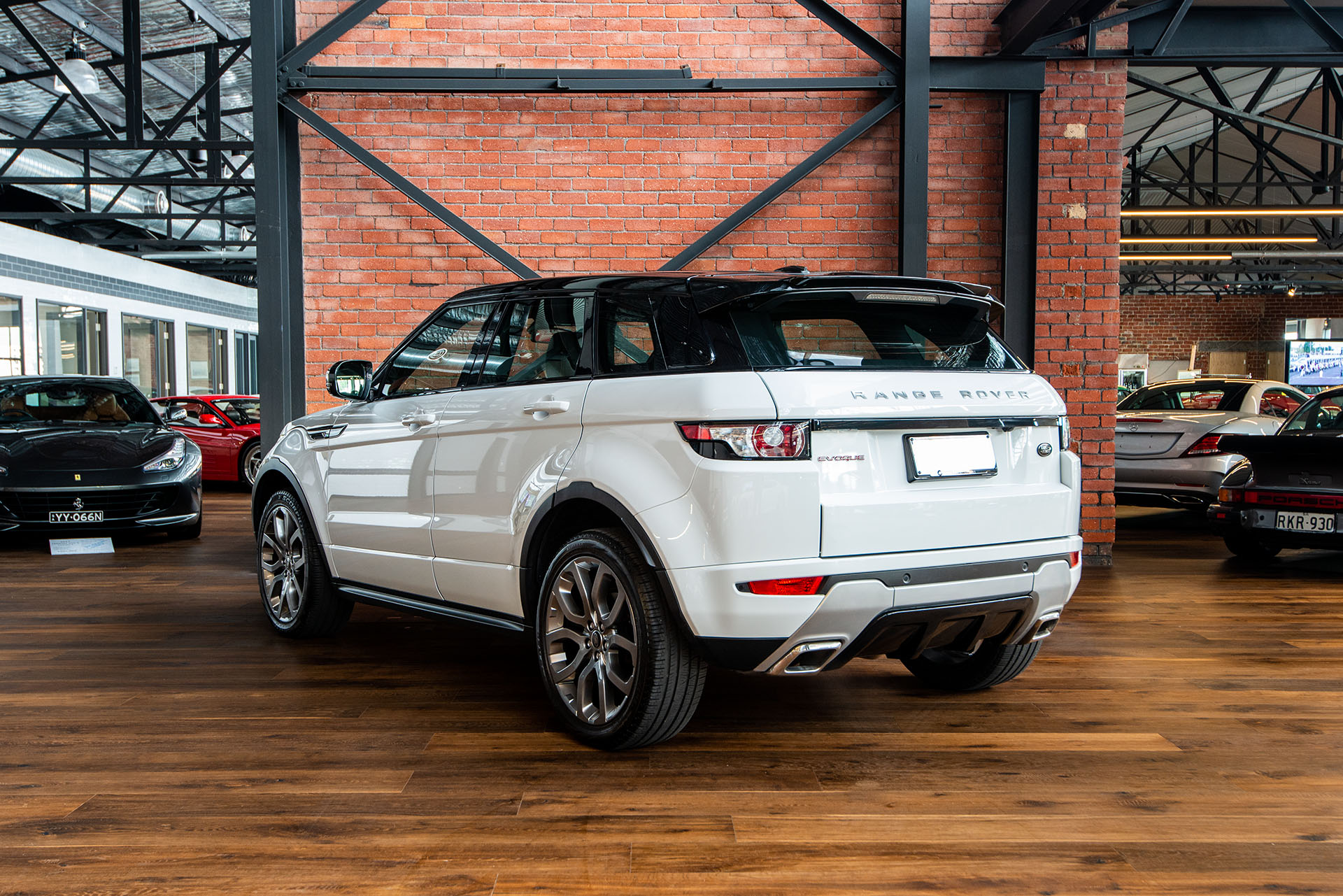 Range Rover Interior >> 2013 Range Rover Evoque Si4 Dynamic - Richmonds - Classic ...