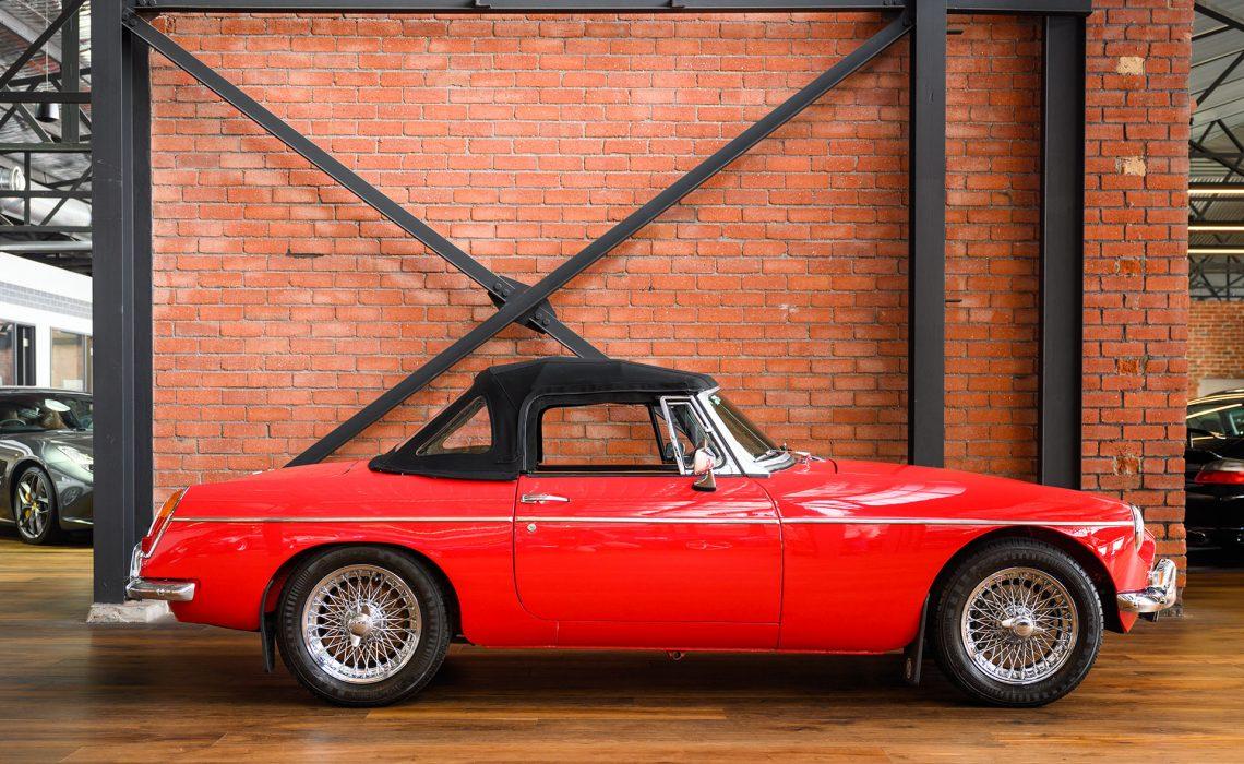 1963 MGB Mk1 Roadster