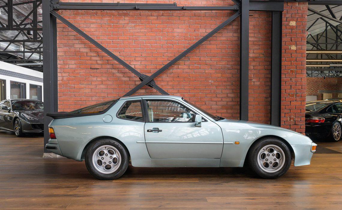 1985 Porsche 944 Auto Coupe