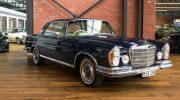 Mercedes 280SE blue